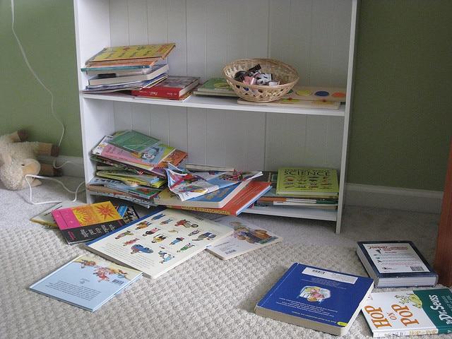 Messy Bookshelf Challenge