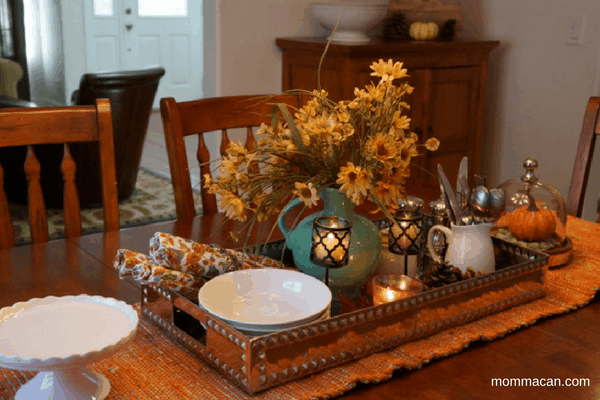 festive-fall-home-tour-2016-dining-room-second-view-mommacan-com
