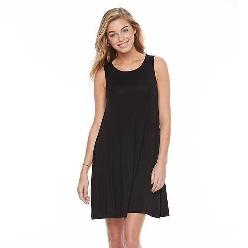 Really simple light weight dress that can be fine for a day trip or evening out.