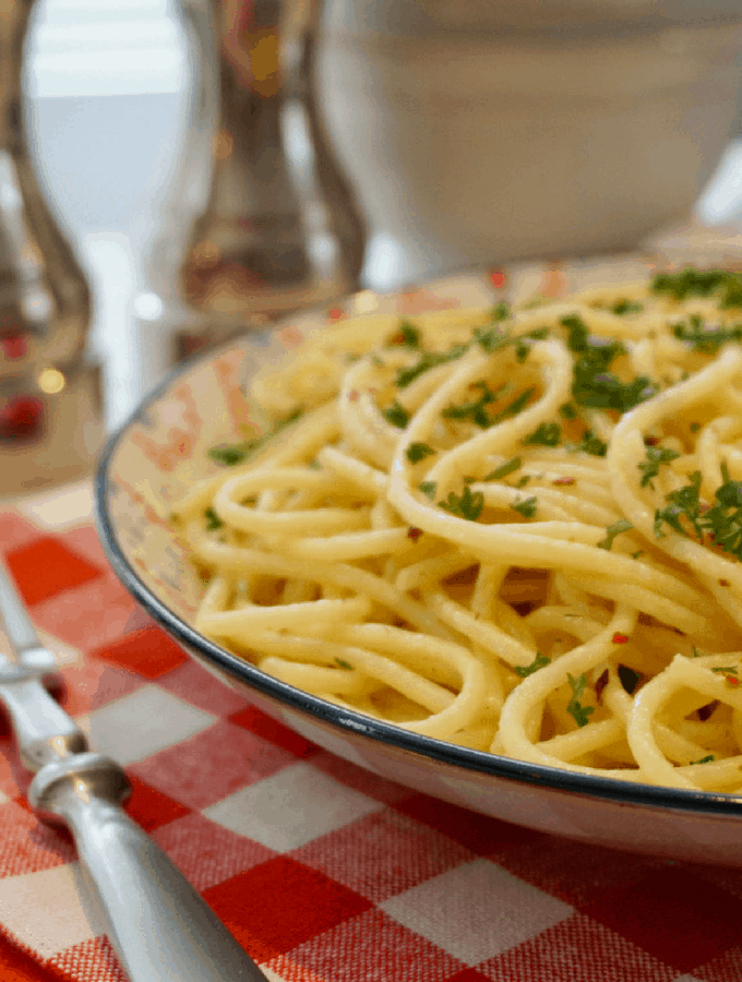 Buttery Lemon Parsley Noodles, the perfect simple meal!