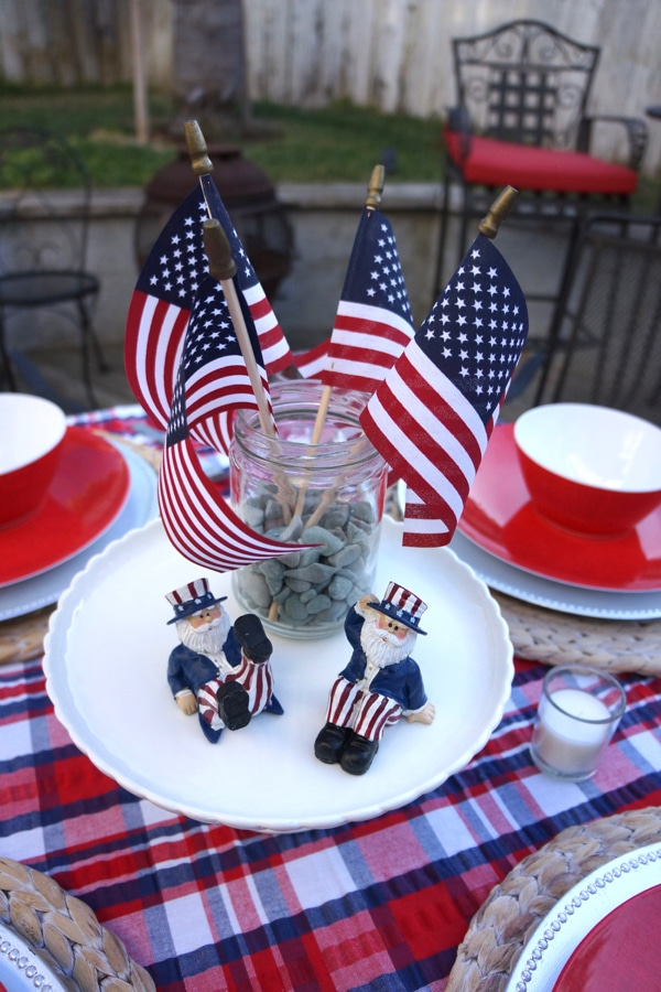 4th of July Decorations Using Cakestand, Uncle Sam and Jar of Mini Flags