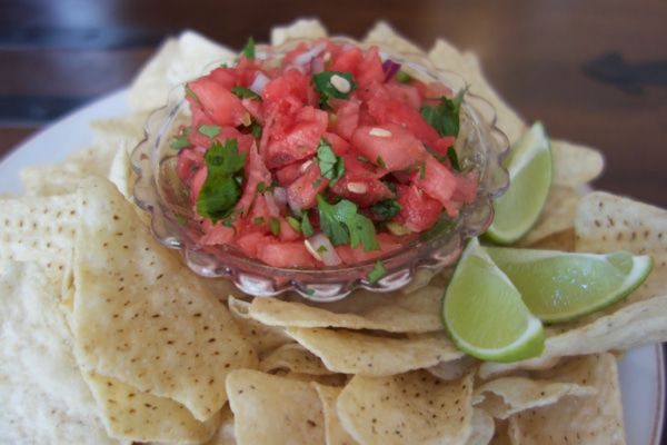 Watermelon Salsa with Organic White Corn Tortilla Chips- Mommacan.com