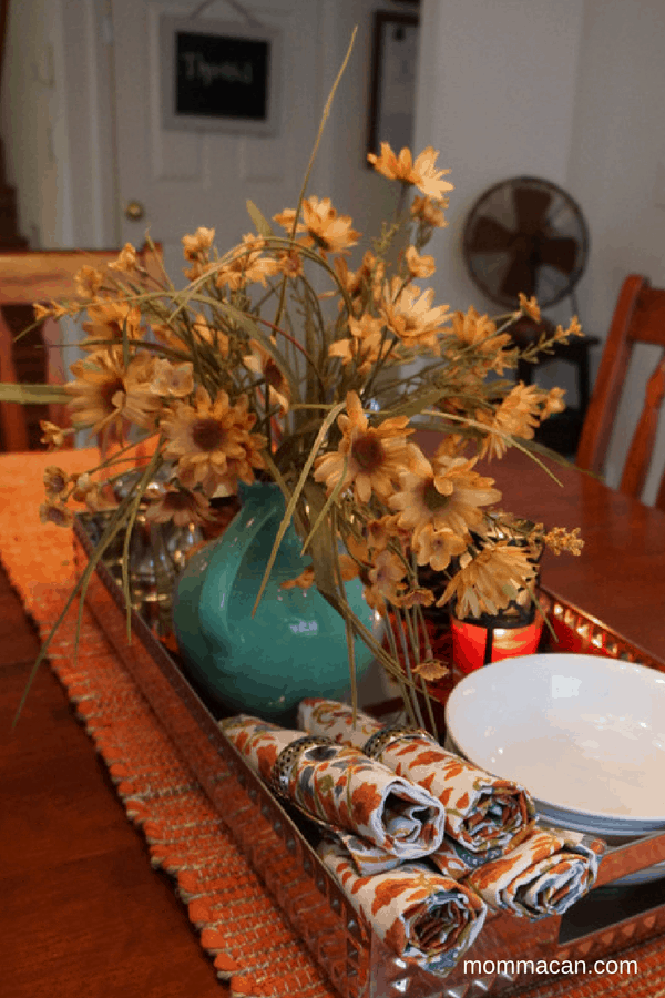 festive-fall-home-tour-dining-room-vignette-cute-napkins-from-homegoods-mommacan-com