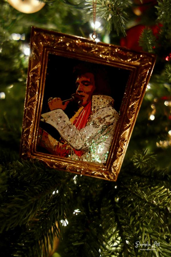 christmas tour 2016 mommacancom living room christmas tree new orleans jester christmas ornament traditionalelvis presley