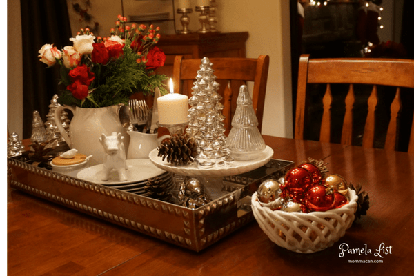 christmas-tour-dining-room-sparkly-christmas-vignette