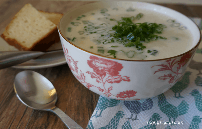Super Simple Recipe for Creamy Potato Soup