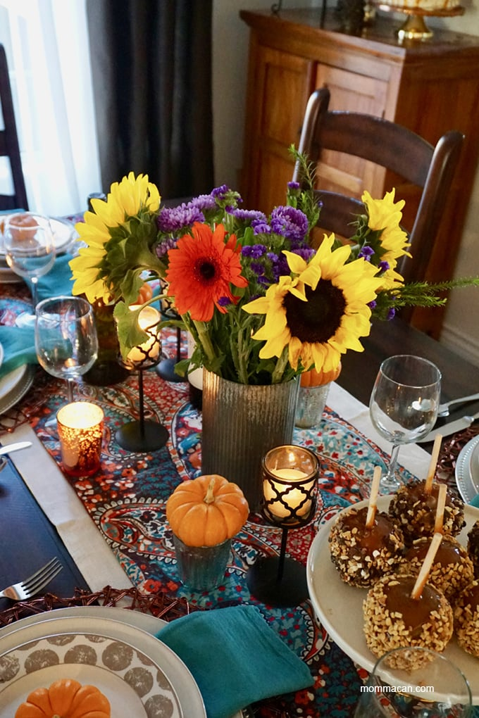 bobo colorful fall table