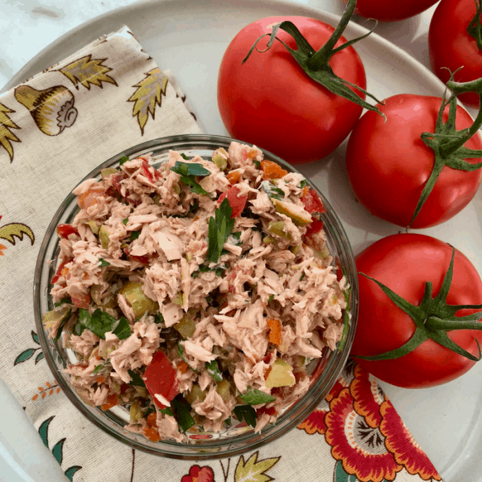 Italian Style Tuna Salad No Mayo Recipe | mommacan.com
