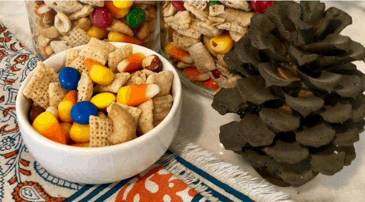 Grab a bowl and make this yummy Scarecrow Snack Mix Recipe for your family., So yummy!