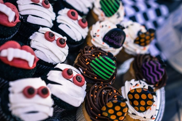 Halloween cupcakes a treat for Halloween Parties!
