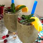 Cranberry Strawberry Banana Spinach Smoothie Recipe
