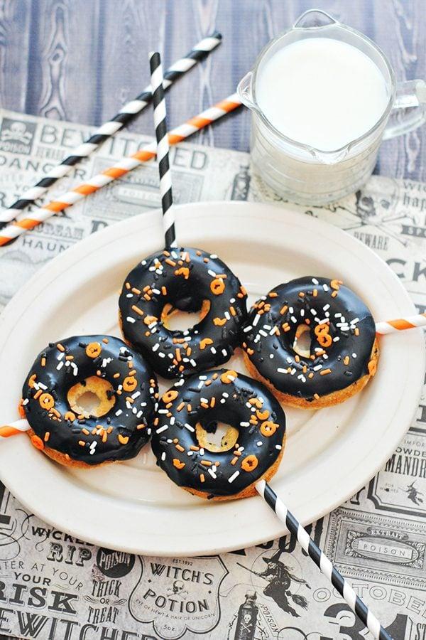 Halloween Cake Doughnuts Adorable for Halloween Party