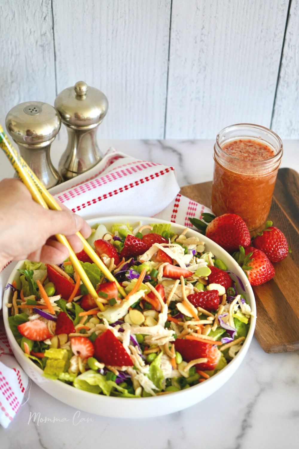 Strawberry Salad Recipe with Chicken and Almonds